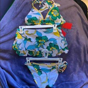 Bikini swimsuit set with matching skirt bottom